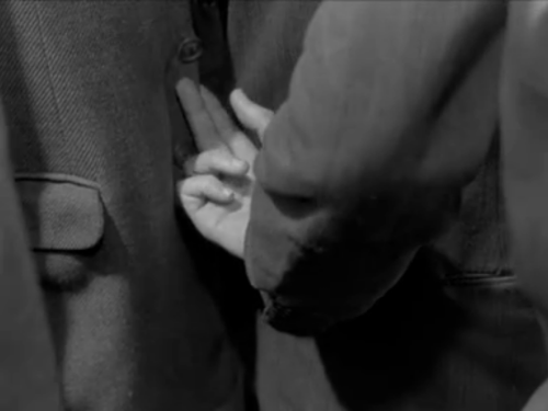 a review of robert bressons pickpocket His 1959 film, pickpocket, also shies away from the overtly political side  robert  bresson is a director more concerned with issues and ideas.